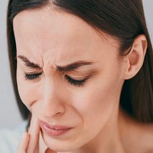 Почему болят зубы при простуде – Что делать если ломит зубы при насморке