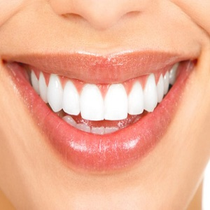 Как сделать красивую улыбку с ровными зубами